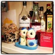 Mistletoe and Christmas pudding